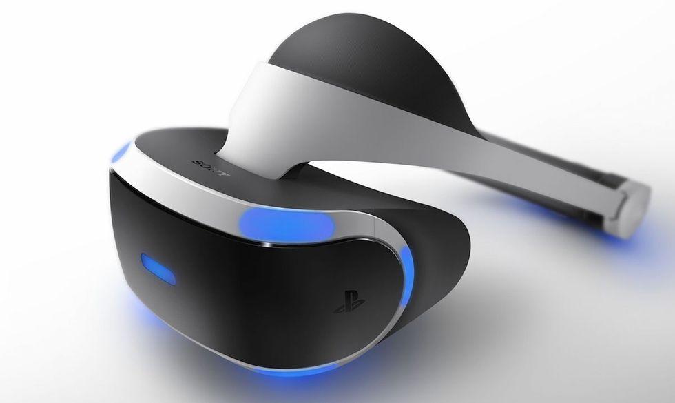 PlayStation VR arriveranno a ottobre (e costeranno meno degli Oculus)