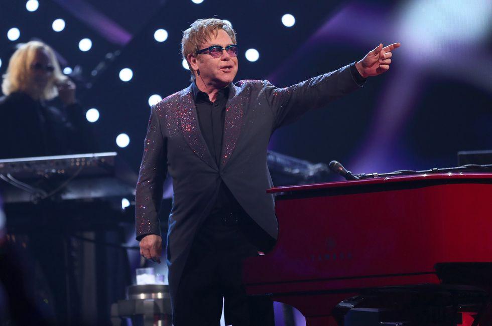 Elton John si ritira - Le 10 canzoni indimenticabili