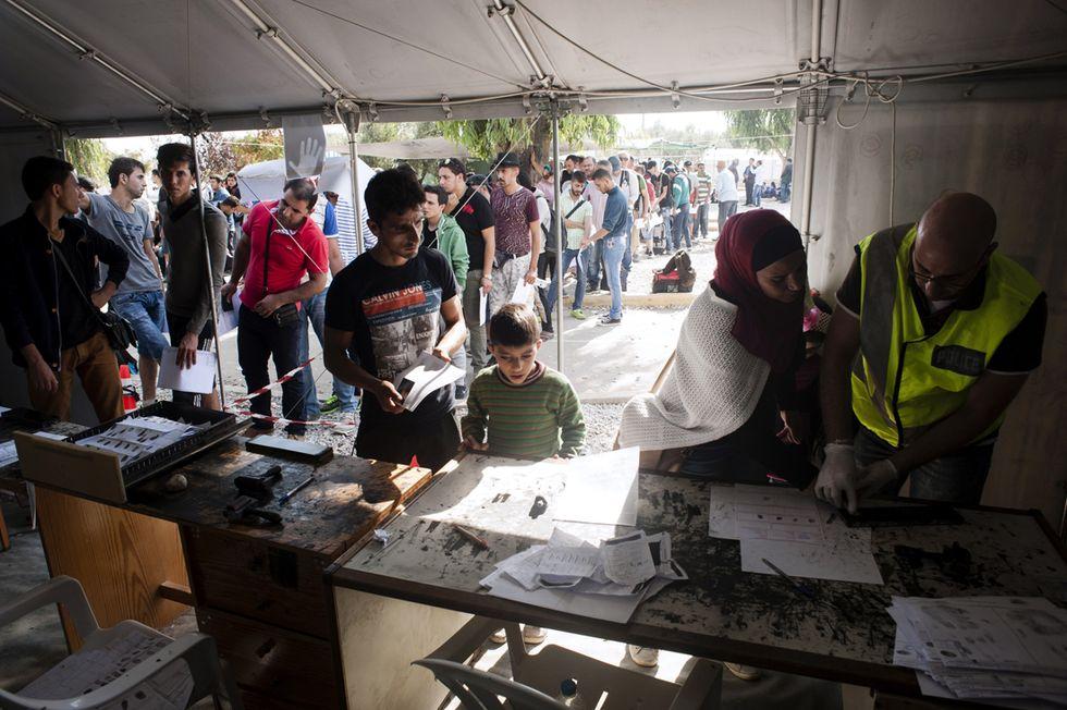 Profughi: accordo UE-Turchia, ma la Grecia non è pronta