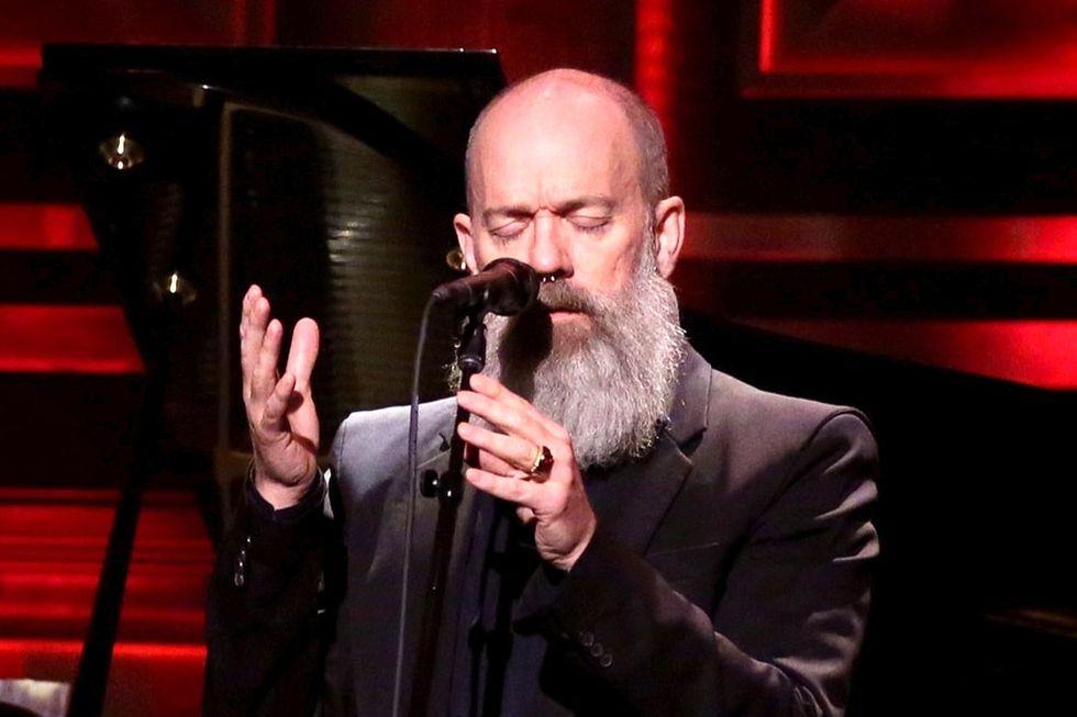 Michael Stipe rende omaggio a Bowie - Le 10 canzoni cult dei R.E.M.