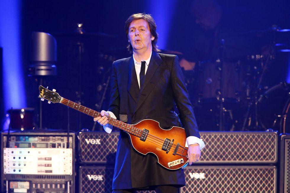 """Paul McCartney festeggia i 74 anni con la raccolta """"Pure McCartney"""""""