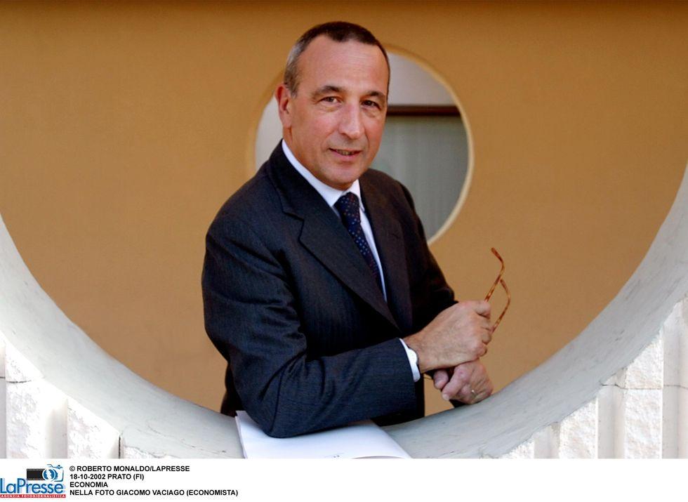 """Decreto Sviluppo, Giacomo Vaciago lo boccia: """"C'è poca innovazione per far ripartire l'economia"""""""