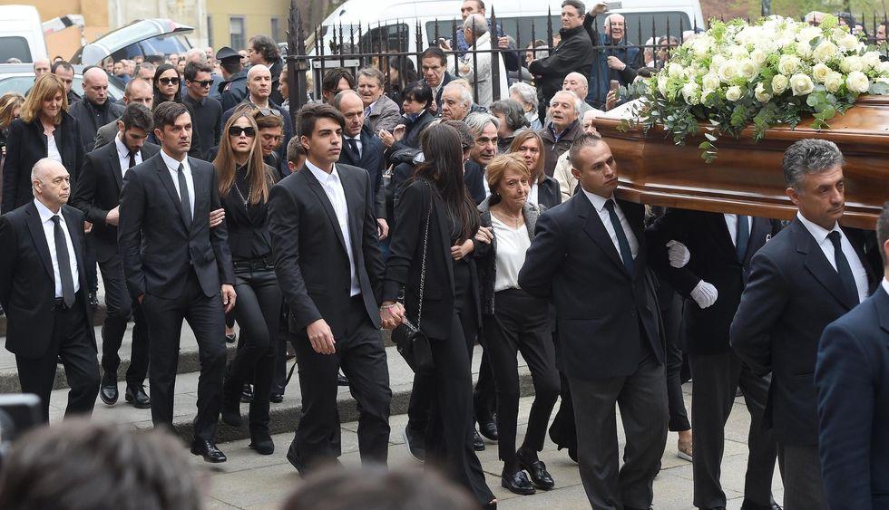 Funerali Cesare Maldini: le foto del saluto del Milan e di tutto il calcio