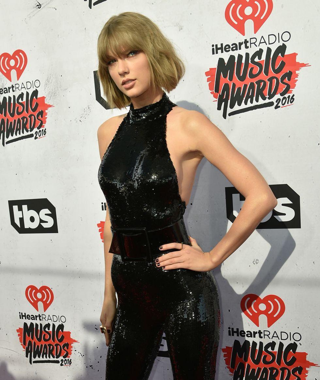 iHeartRadio Music Awards 2016 Taylor Swift