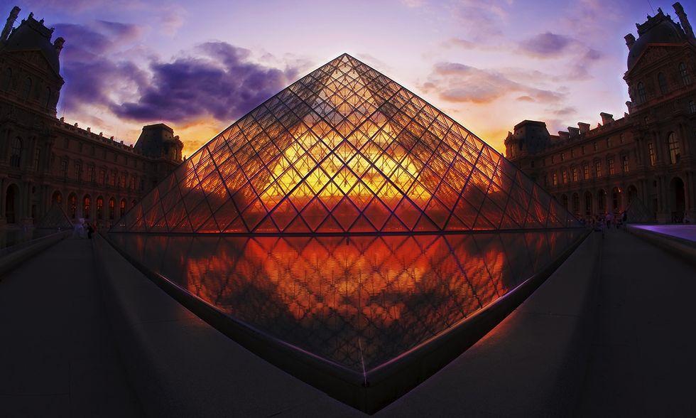 Il Louvre di Parigi, la Piramide