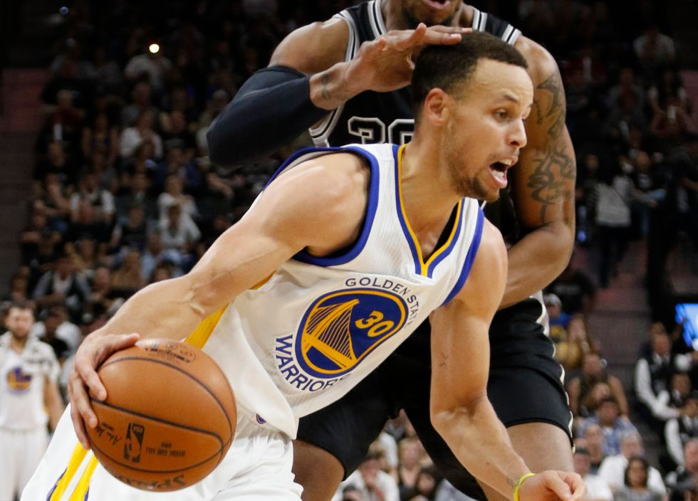 Nba, Warriors da record: 72 vittorie come i Bulls di Jordan