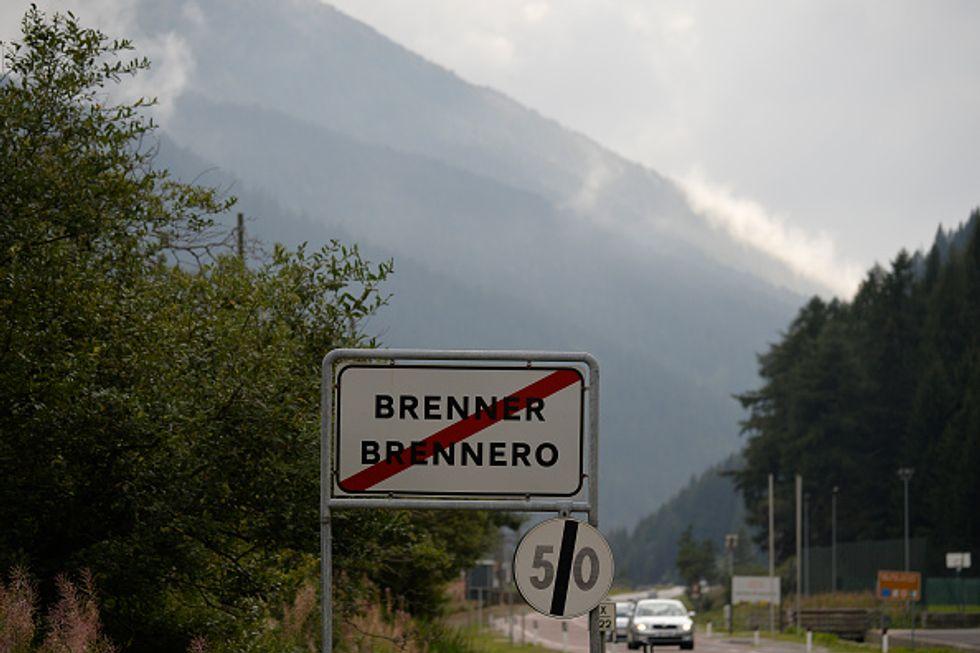 Brennero, la barriera austriaca contro i migranti