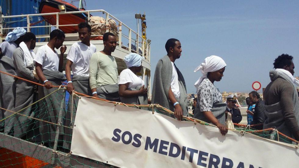 migranti-naufragio-salvataggio