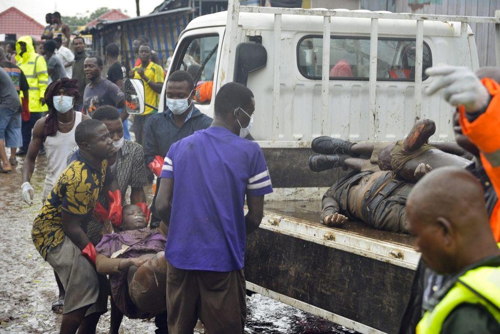 Ghana: 200 morti in un incendio ad Accra