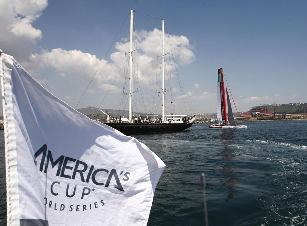Naples celebrates with the America's Cup