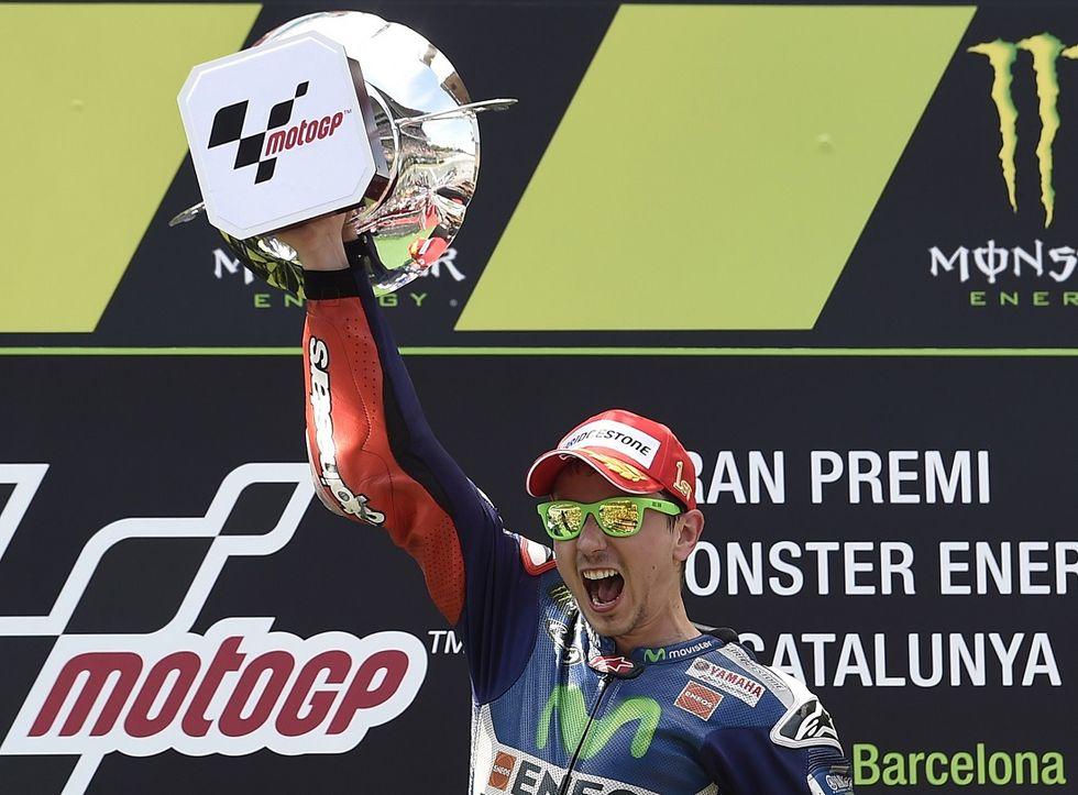 Gp Catalogna: vince Lorenzo, 2° Rossi, 3° Pedrosa. Marquez e Dovizioso caduti
