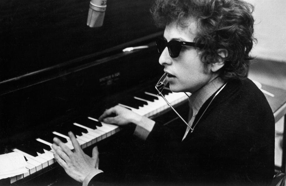 """Bob Dylan: """"Like a rolling stone"""" festeggia 50 anni – 5 cose da sapere"""