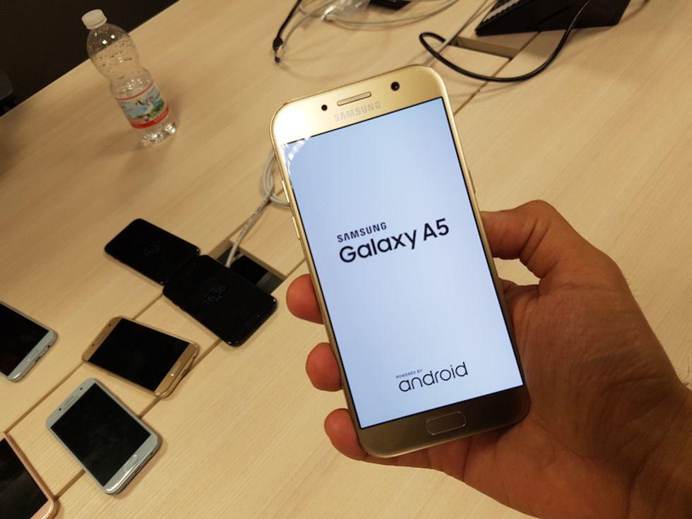 Galaxy A3 A5 2017