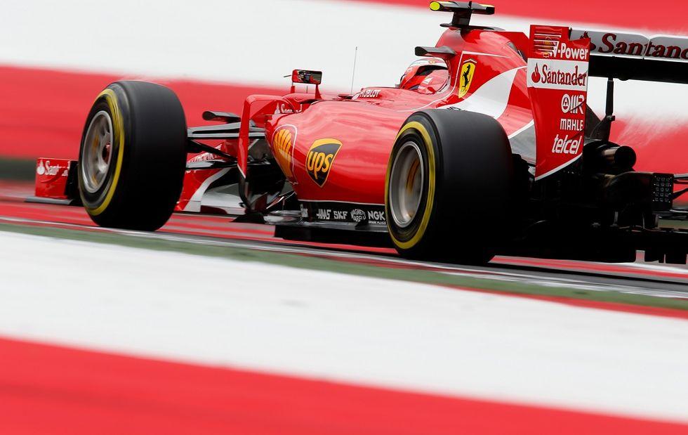 Gp Austria: pole Hamilton, terzo Vettel. Ferrari in allarme per Raikkonen