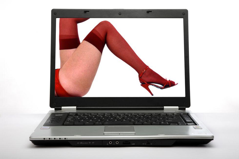 L'inutile crociata del governo UK contro il porno online