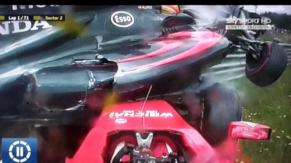 Gp Austria: pauroso incidente tra Raikkonen e Alonso