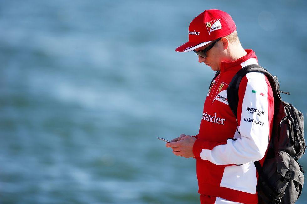 Ferrari, ufficiale la conferma di Raikkonen per il 2016