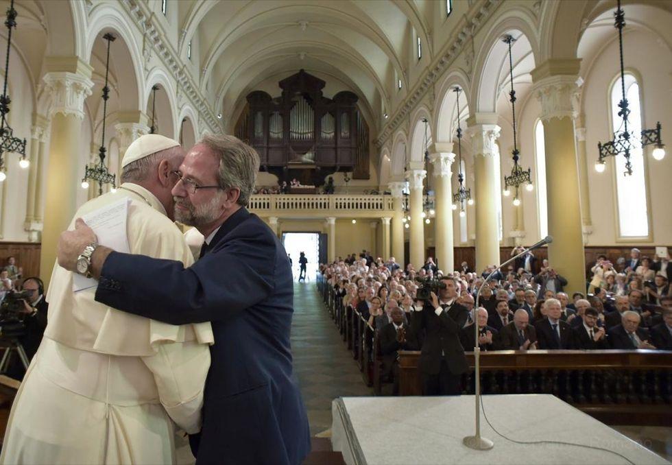 Papa Francesco e le scuse ai valdesi: il significato