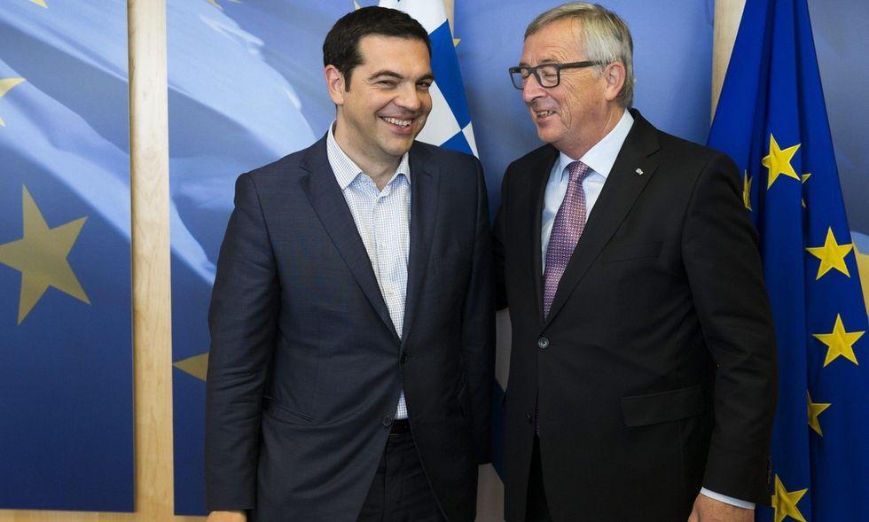 """""""Vogliono sostituire Tsipras con un governo gradito alla Troika"""""""