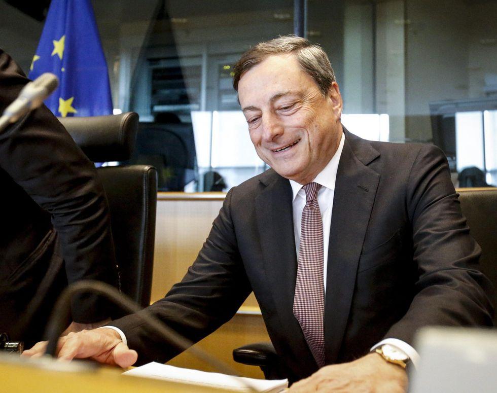Crisi Grecia, perché è (anche) nelle mani di Mario Draghi