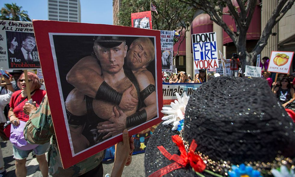 California, marcia per impeachment di Trump