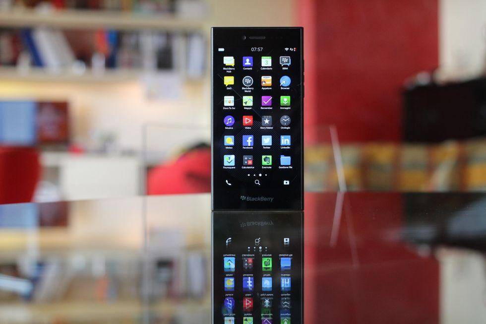 BlackBerry Leap, la recensione