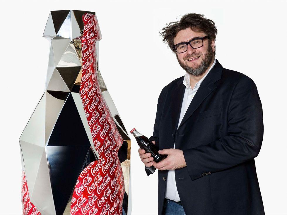 """""""Coke It's Me!"""" Daniele Basso al Corporate Art"""