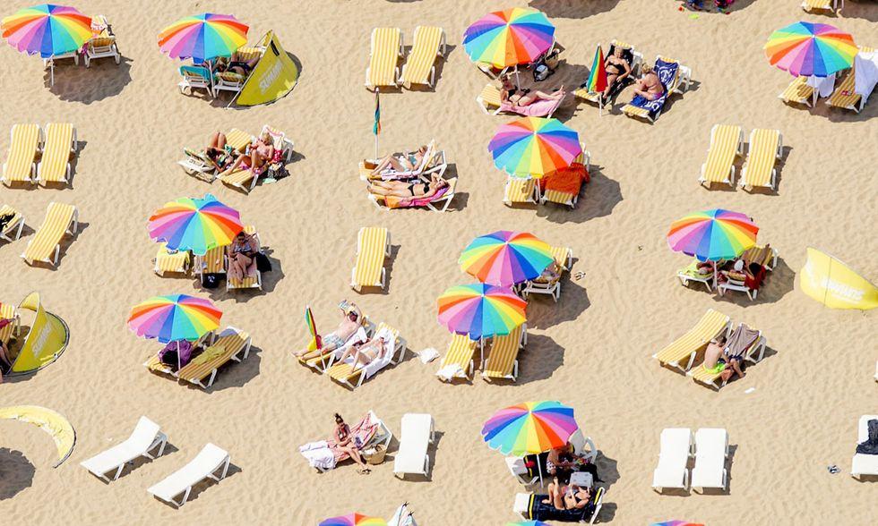 Ombrelloni in spiaggia a Scheveningen