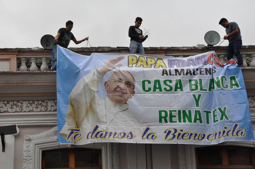 "Papa Francesco in America Latina sfida i ""presidenti padroni"""