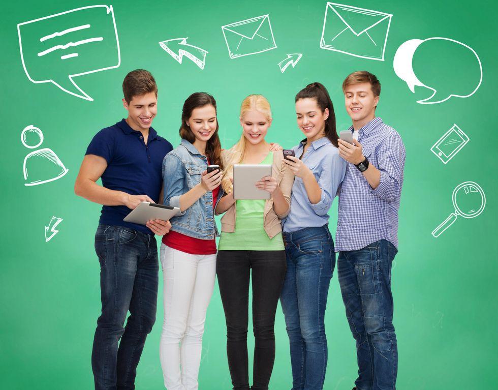 Uomini e donne: diversi anche nelle e-mail