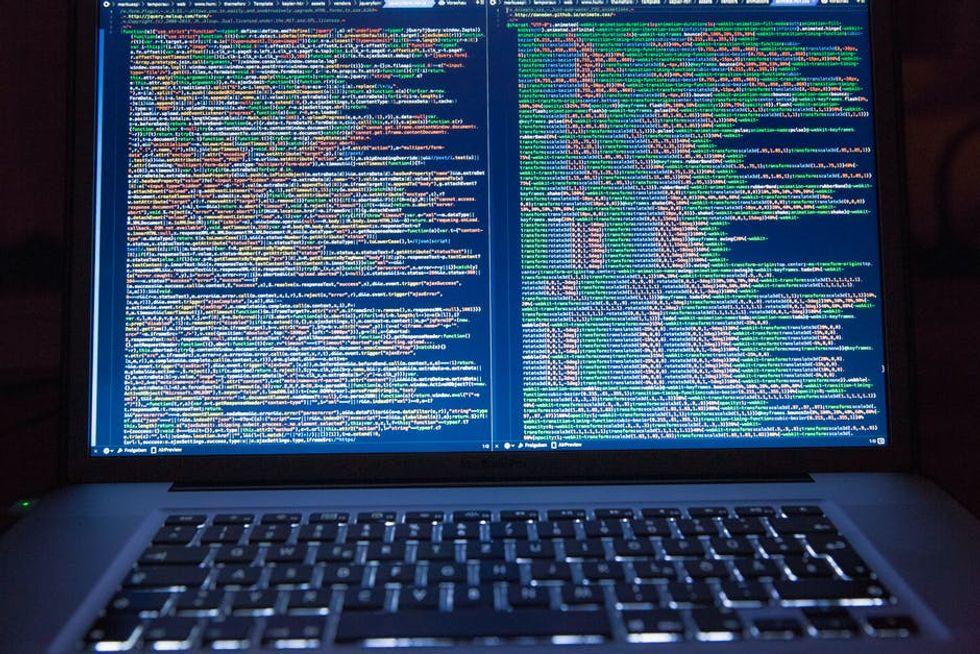 La vita segreta: tre storie vere dell'era digitale