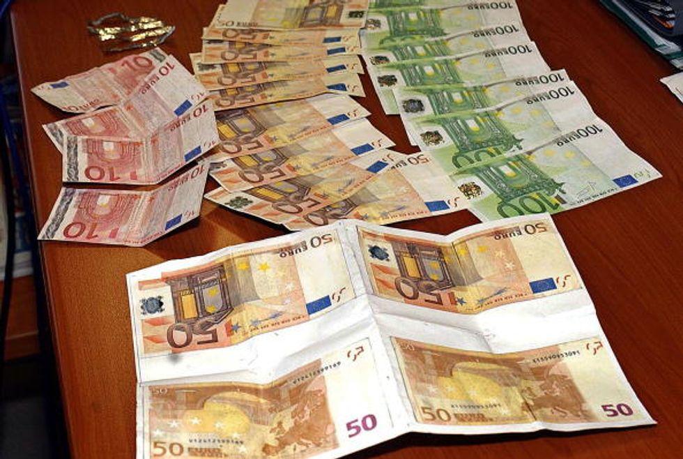 Banconote false: ecco in quali Paesi il rischio è maggiore