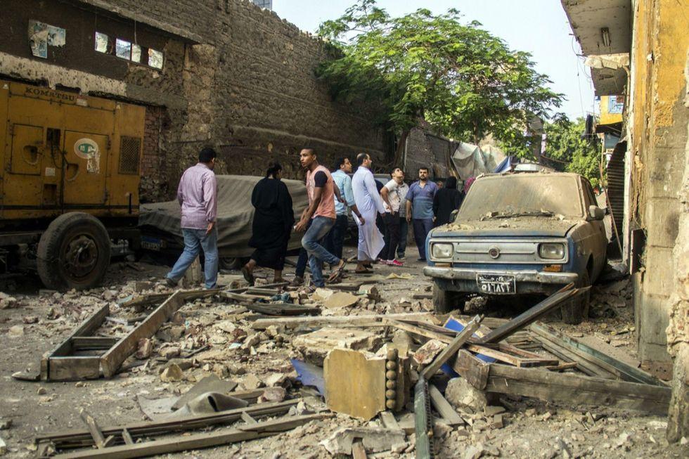 Cairo, l'Isis rivendica l'attentato al consolato italiano - FOTO
