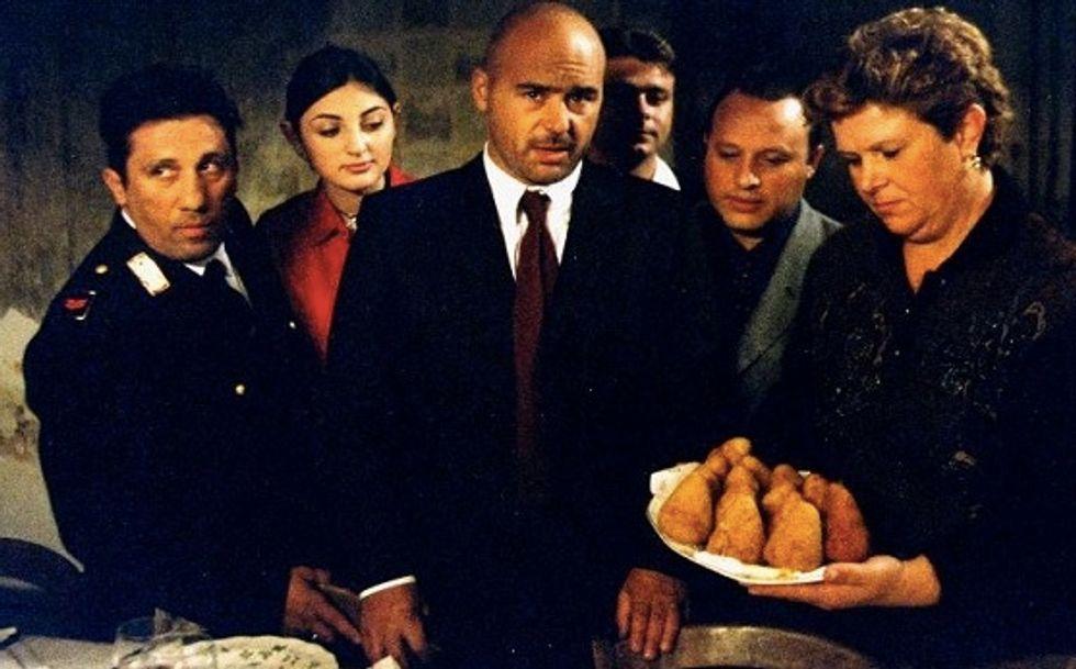 """Ascolti 13/7: il film di Canale 5 frena """"Montalbano"""""""