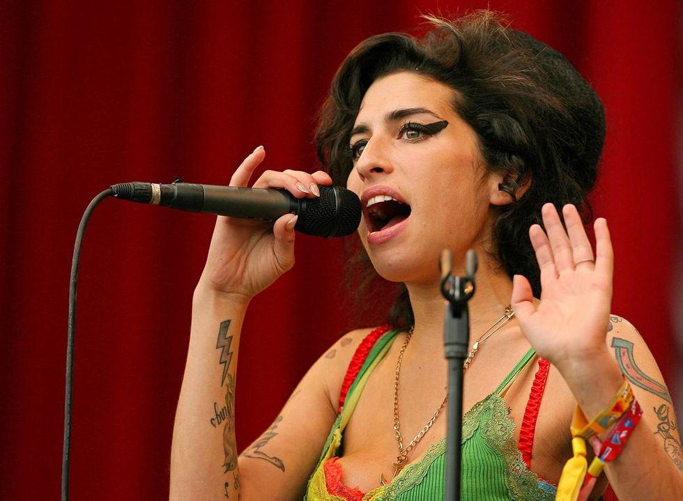 Amy Winehouse avrebbe 36 anni - Le 15 canzoni più belle