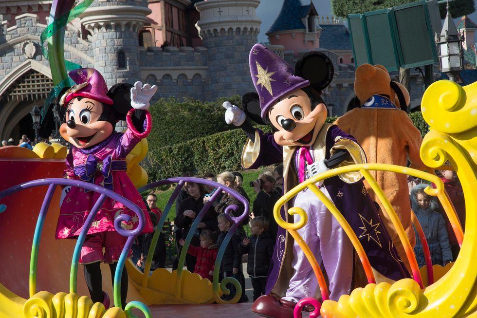 Disneyland: un miliardo di dollari per espandere il parco