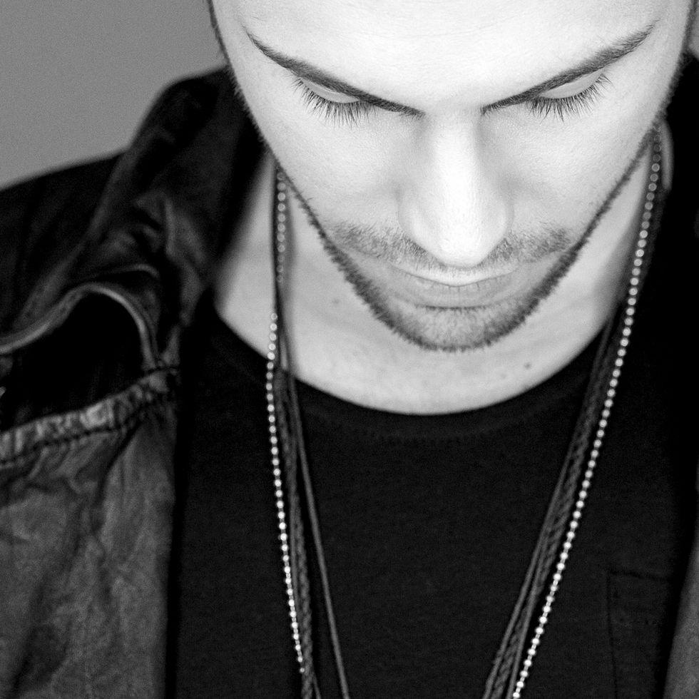 """Davide Mogavero: il videoclip di """"Un maledetto attimo"""""""