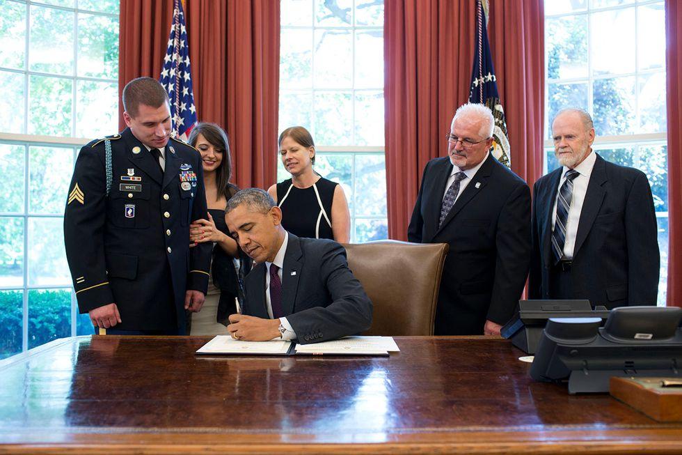 Obama firma la legge sulla privacy degli alleati