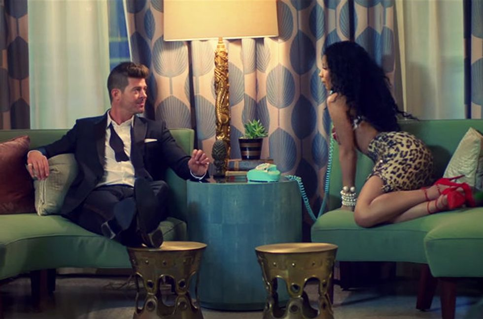 "Nicki Minaj duetta con Robin Thicke in""Back together"""