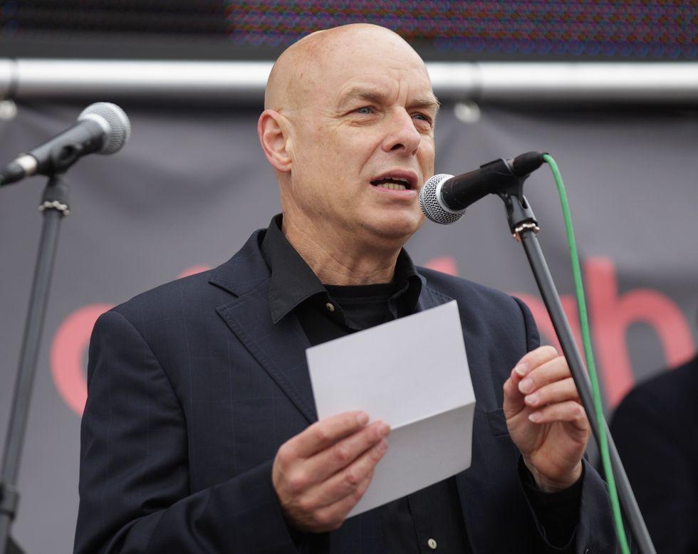 """Brian Eno inaugurerà il Medimex di Bari con """"Light Paintings"""""""