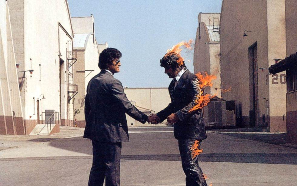 """Pink Floyd: """"Wish you were here"""" compie 44 anni - 5 cose da sapere"""