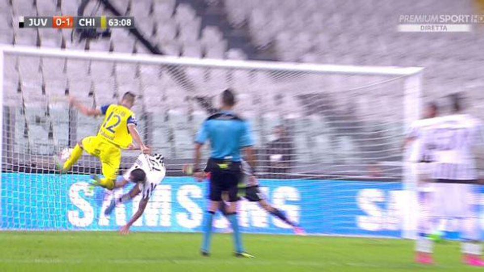 3a giornata - Gol annullato, rigori e polemiche: Guida sbaglia Juve-Chievo