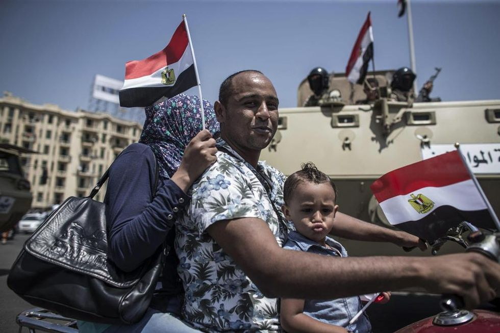 Strage di turisti scambiati per uomini dell'Isis