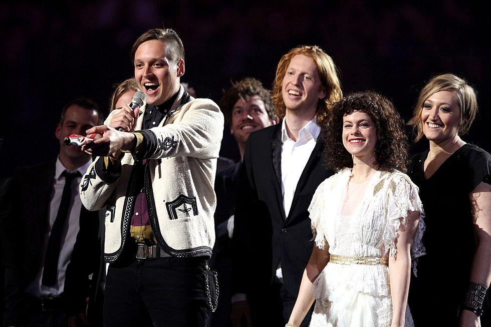"""Arcade Fire: annunciata una nuova edizione di """"Reflektor"""" con 5 inediti"""
