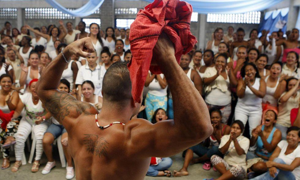 Mister Muscolo in Colombia: concorso di bellezza in galera