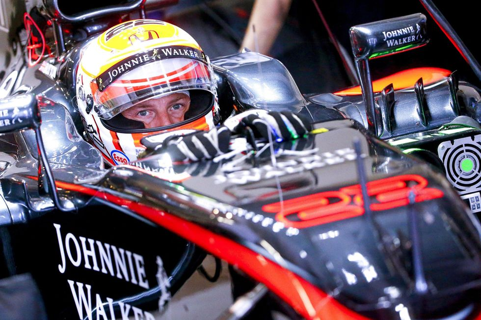 F1, Jenson Button con la McLaren anche nel 2016