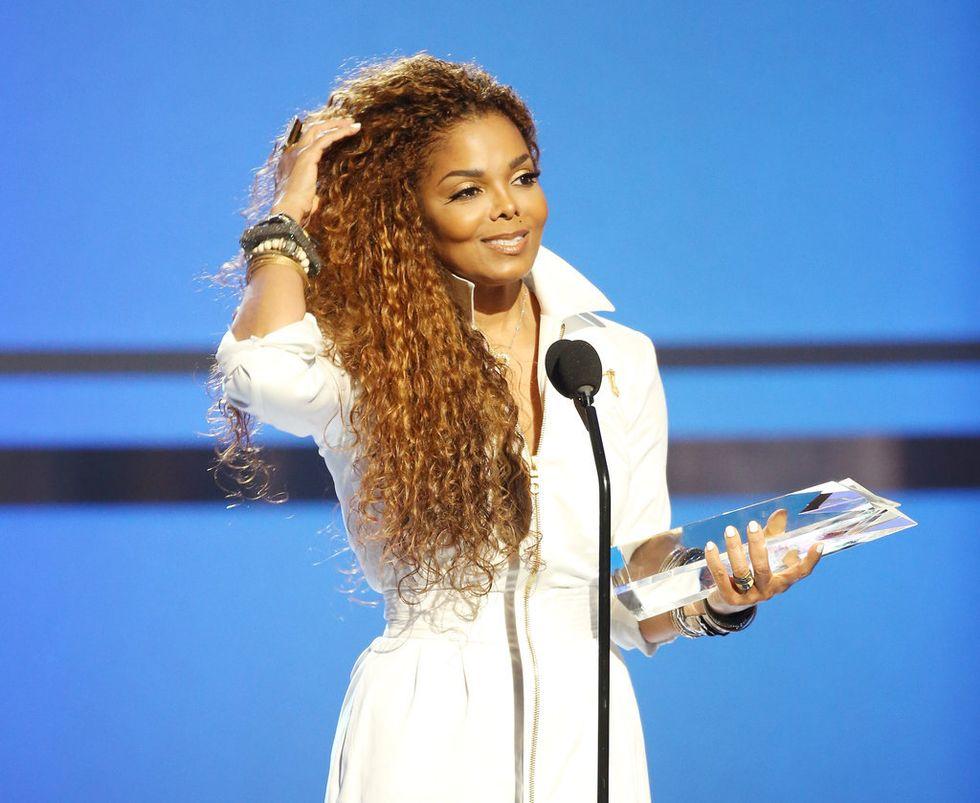 """Janet Jackson: l'album """"Unbreakable"""" è primo negli Usa"""