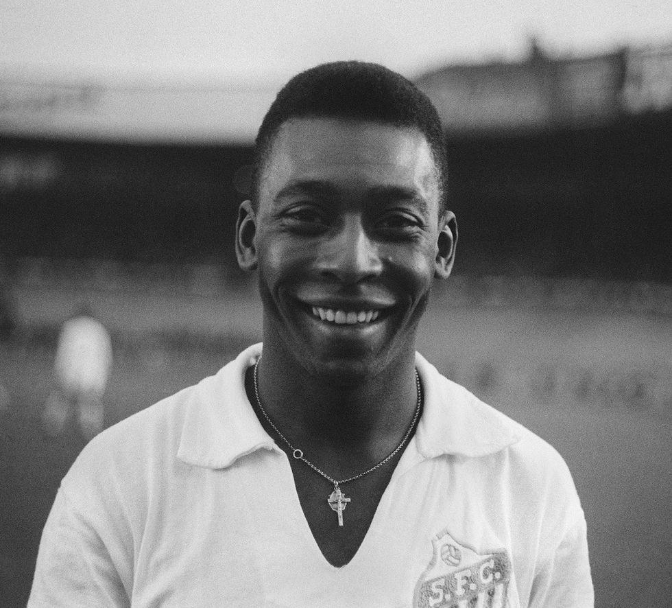 """Pelé compie 75 anni, viaggio nella leggenda della """"Perla nera"""""""