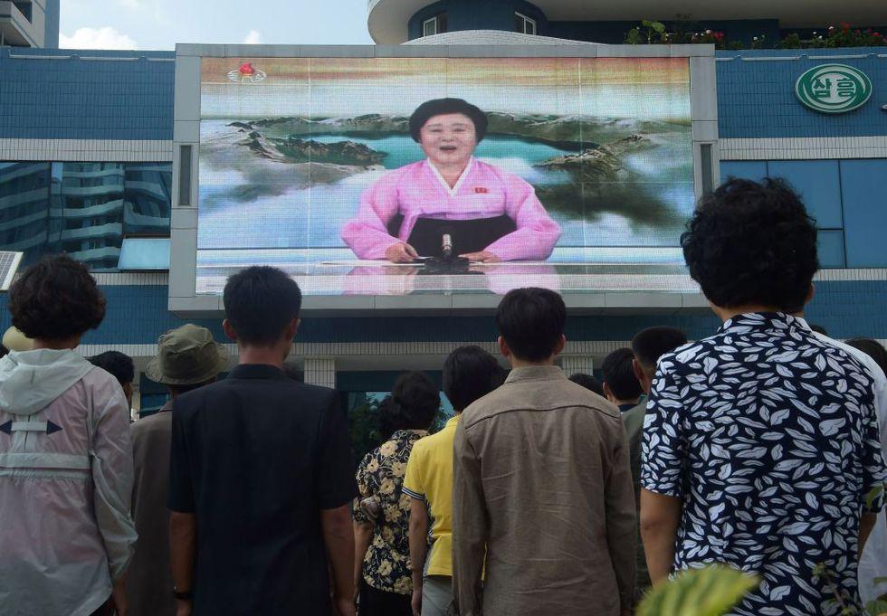 Corea del Nord: chi è l'annunciatrice tv delle atomiche di Kim Jong-un