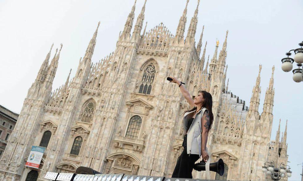 Elisa a Radio Italia Live - Il Concerto, in piazza Duomo a Milano